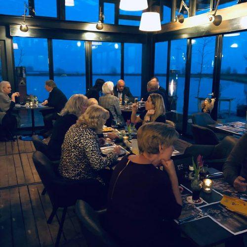 Dineren met uitzicht aan de Schelpenhoek in Hoorn